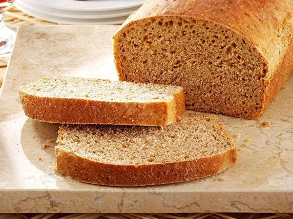 tam tahıl ekmeği