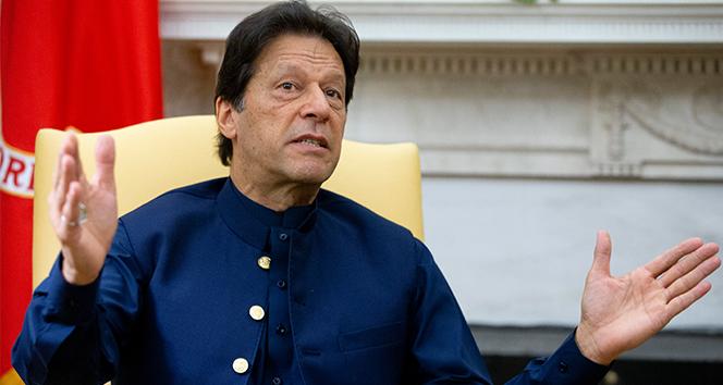 Pakistan Başbakanı Han, Covid-19'a yakalandı